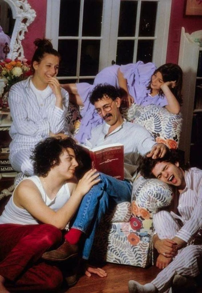 Frank Zappa and his kids